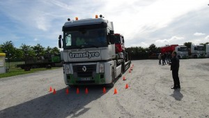 Translyre, transport of agricultural equipment, transport of agricultural machinery, exceptional convoy, transport of mobile home, transport of combine harvesters, transport of forage harvester