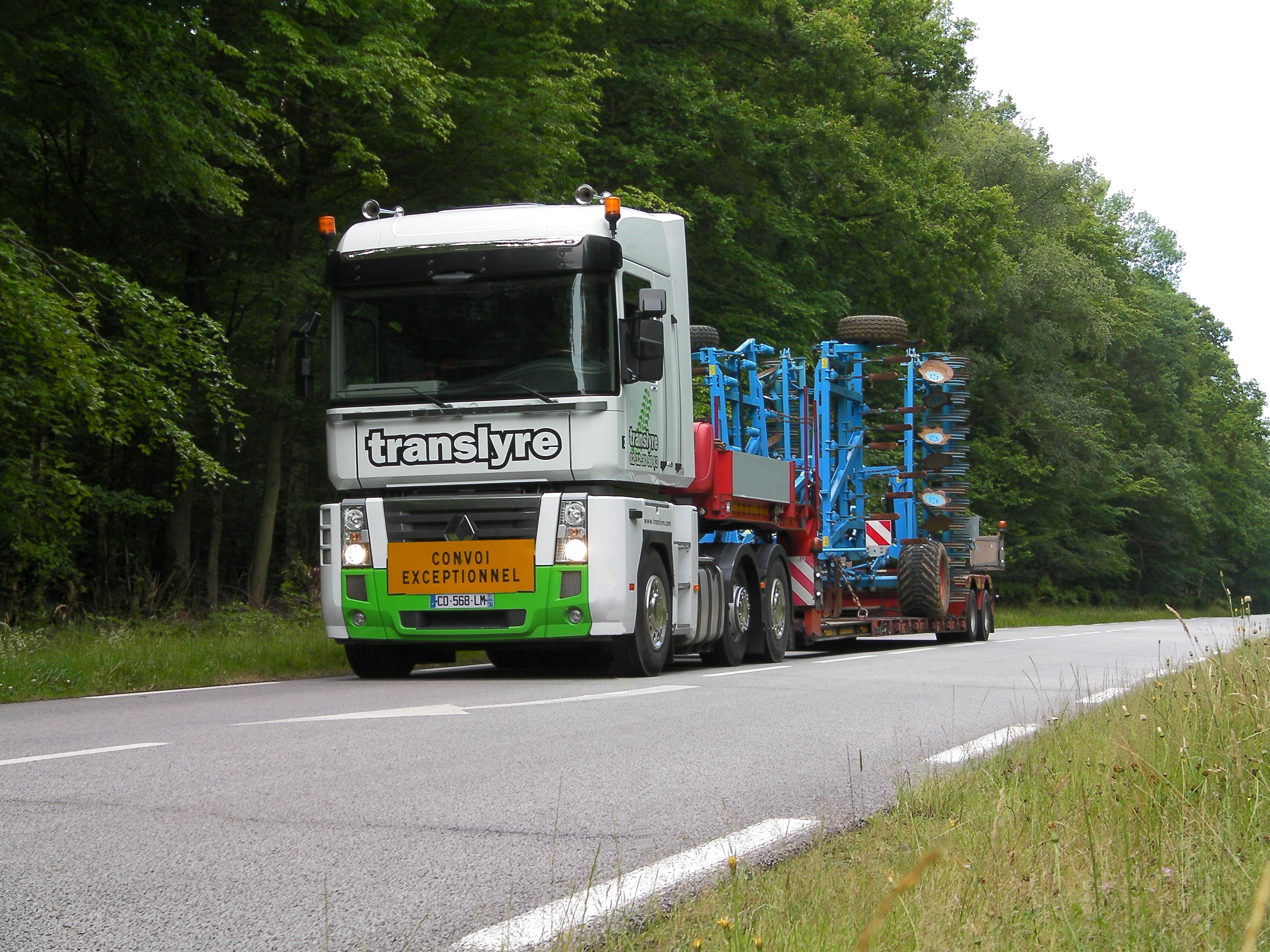translyre, transport déchaumeur lemken, transport matériel agricole, transport moissonneuse batteuse, transport matériels travail du sol