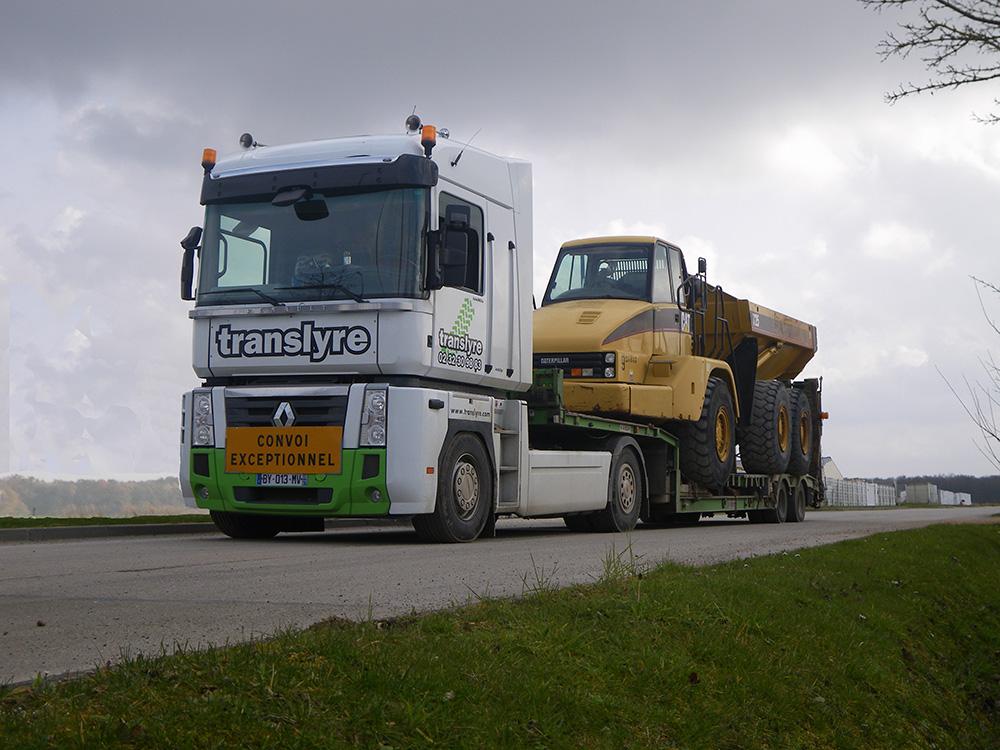 transports de matériels TP, transports matériels travaux publics, transport engins TP, transporteuse pelleteuse, transport chargeuse à pneus