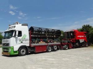 Translyre, transport de matériel agricole, transport engins agricole, convoi exceptionnel, transport mobil home, transport de moissonneuses batteuses, transports ensileuses